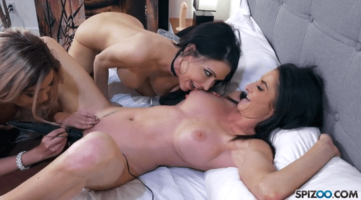 Spizoo – Aaliyah Hadid ,Jessica Jaymes ,Silvia Saige – Perfect Lingerie Party