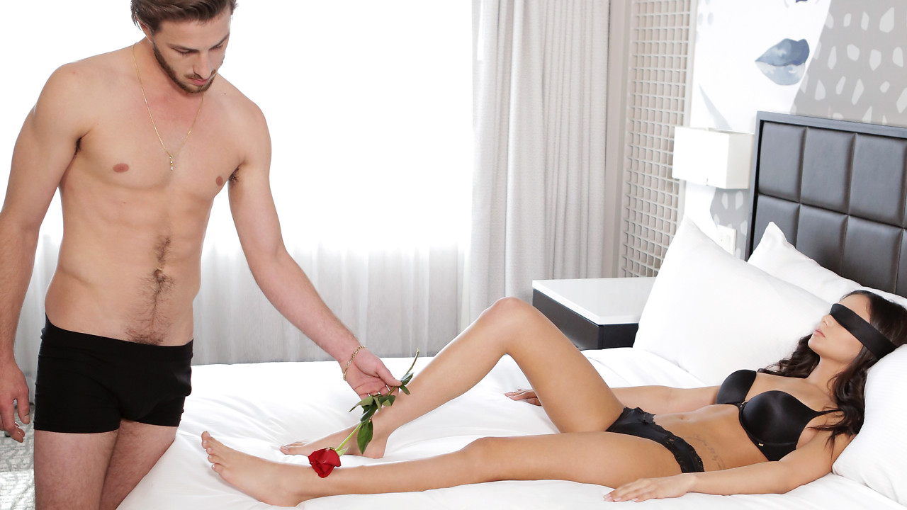 NubileFilms – Romance And Roses – Ariana Marie