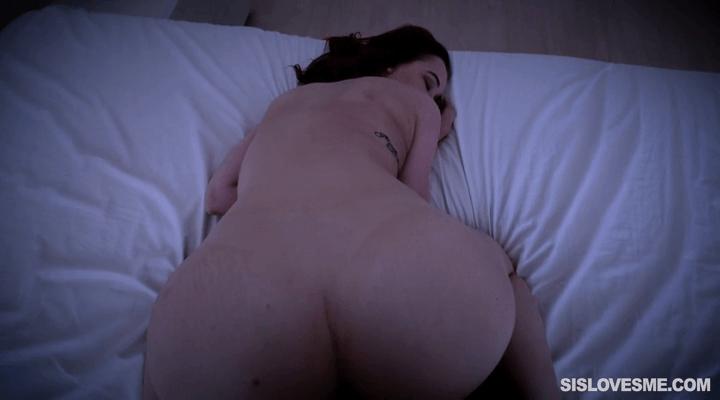 SisLovesMe – April Reid