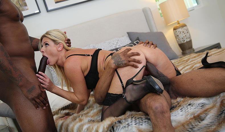 BlacksOnBlondes – India Summer
