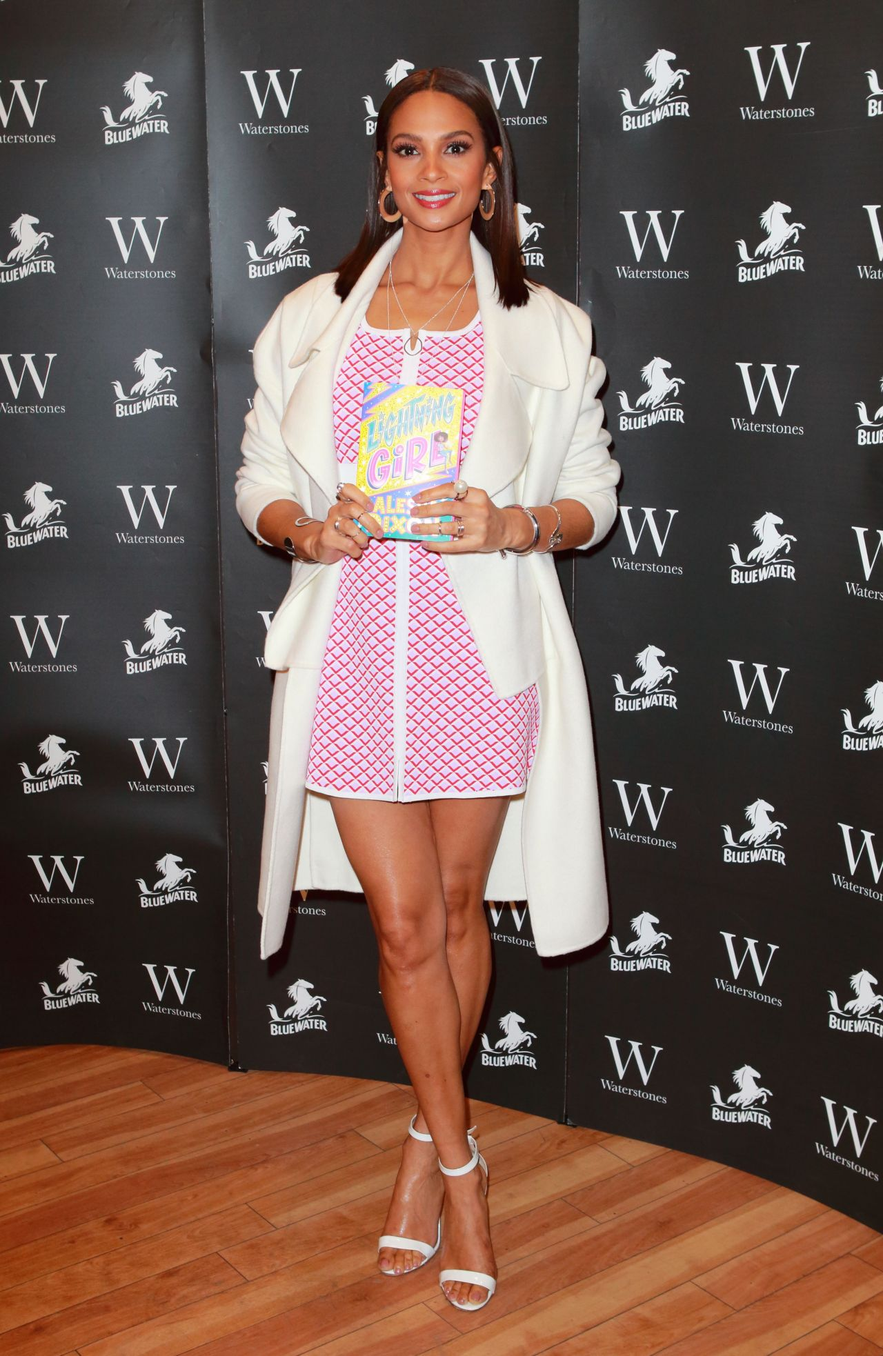 68428849_alesha-dixon-lightning-girl-book-signing-in-dartford-06-04-2018-7x_04.jpg