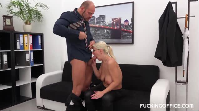 FuckingOffice – Luci Angel – CZECH