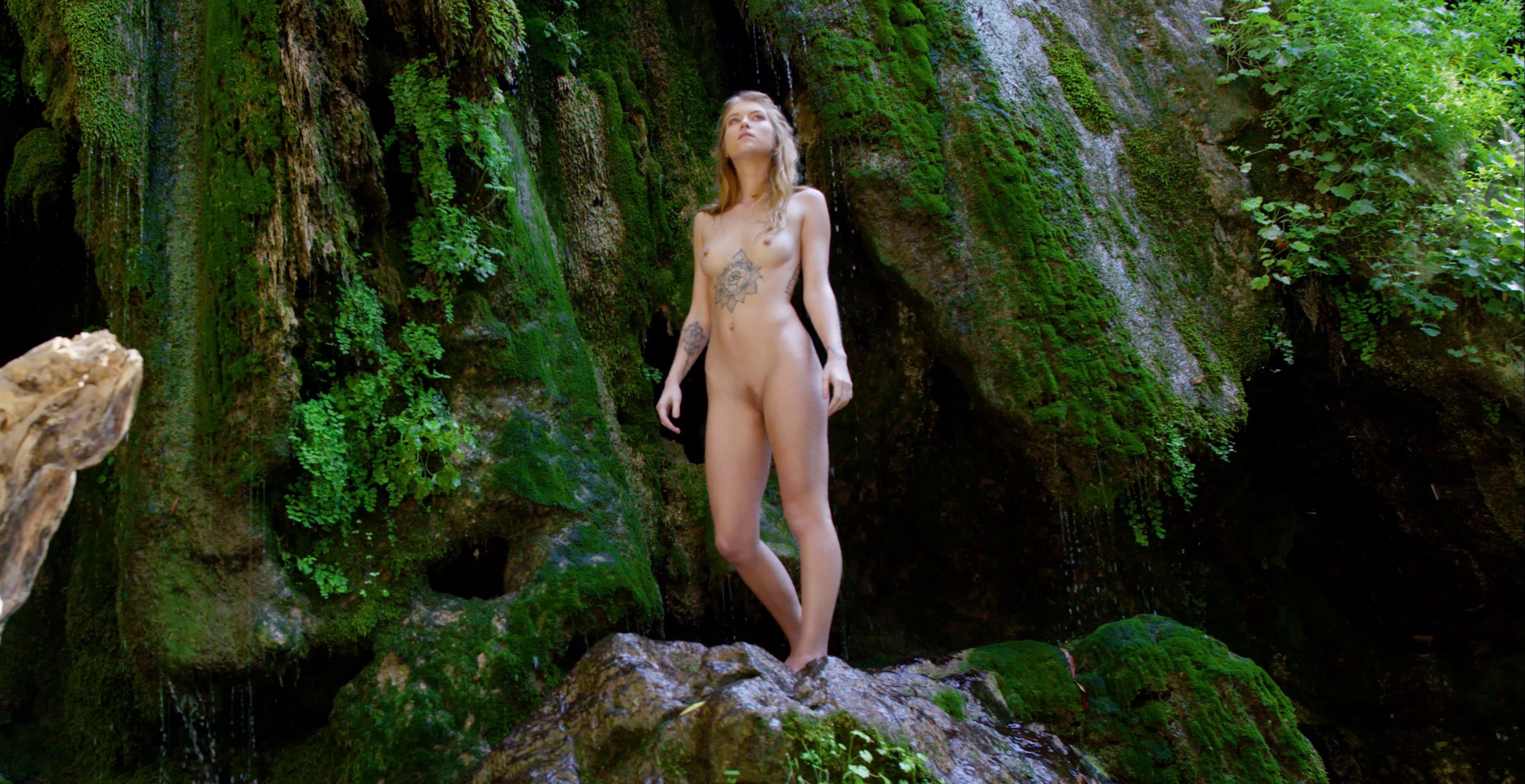BareMaidens – Arya Faye Shower